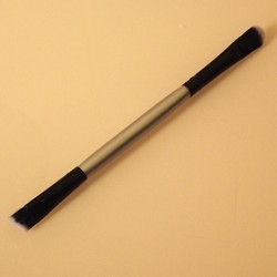 Кисть Shadow/ Angled Liner Duo Brush (Lucy Essentials Brushes)
